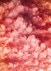 赤く色づけた空と雲のA4サイズ背景素材