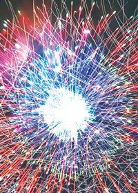 花火の光線が飛び交うA4サイズ背景素材