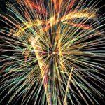 カラフルに重なる花火・光線のA4サイズ背景素材