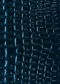 青色のクロコダイル風柄のA4サイズ背景素材