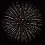 白い打ち上げ花火のA4サイズ背景素材データ