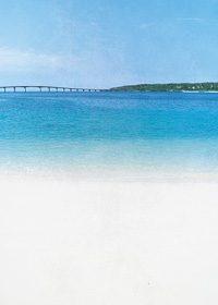宮古島の青い海と白浜のA4サイズ背景素材