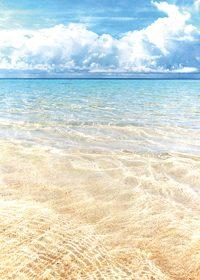 青い空と雲と透き通る海のA4サイズ背景素材